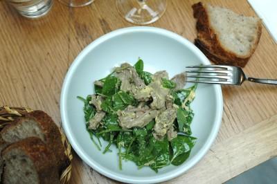 Salade de langue de veau au gingembre et épinards